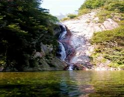 平頂山龍潭大峽谷.png